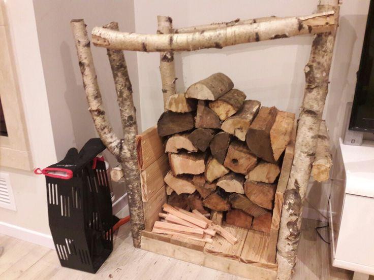 Range bûches en bois fait maison.. | Fait maison, Range buche, Bois