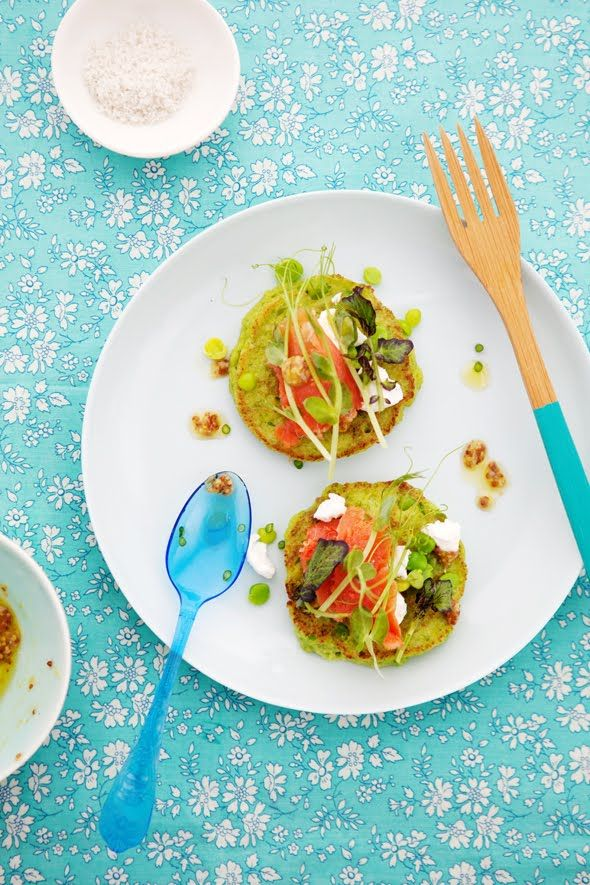 Green pea pancakes with smoked salmon and goat cheese