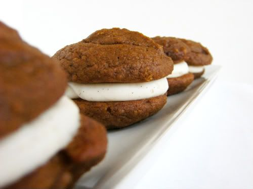 Bake at 350: Flavor-of-the-Month. . . .Pumpkin Whoopie Pies