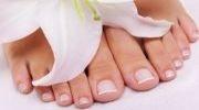 Vraščeni nohti in glivice na nohtih - poskrbite za svoja stopala!  Za vsakodnevno ohranjanje zdravega okolja v vaših čevljivh pa uporabljajte lesene vložke iz libanonske cedre BriskStep (www.briskstep.si).
