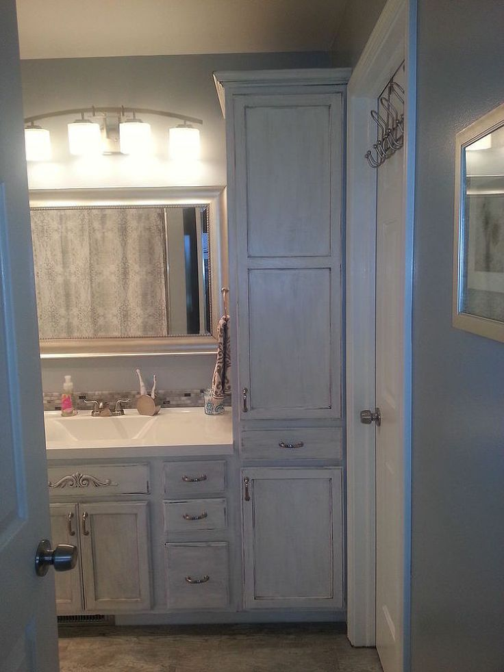 Small master bathroom makeover Small bathroom makeovers