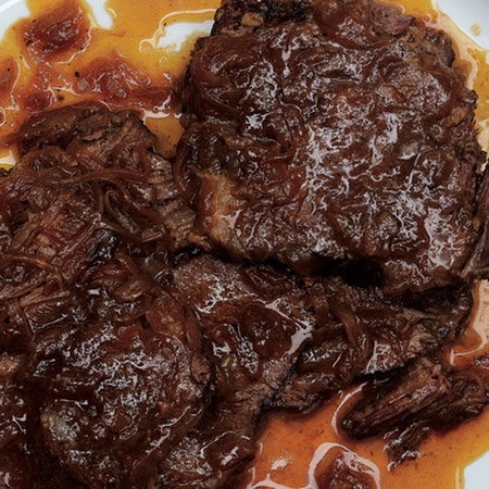 Beer-Braised Beef and Onions. made this tonight and used Guinness beer ...