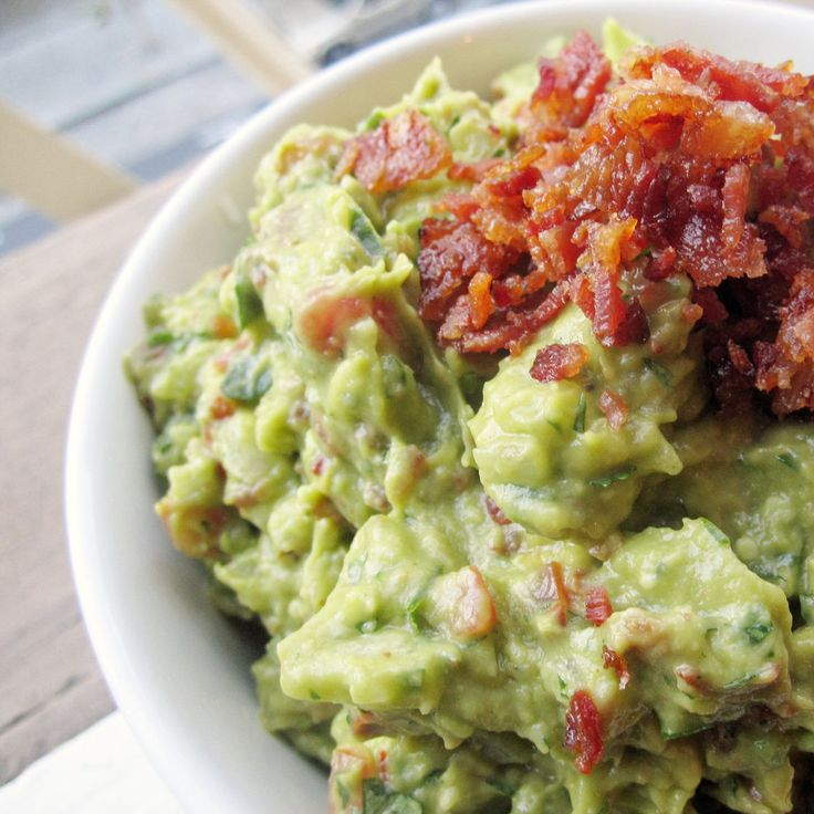 Bacon And Tomato Guacamole Recipe — Dishmaps