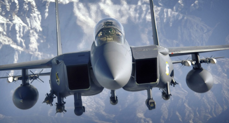f15 eagle closeup in flight