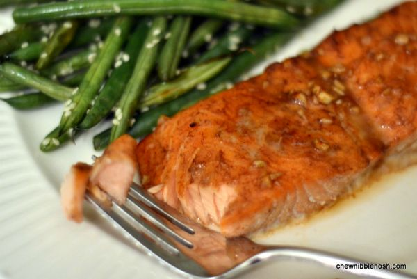 Five Spice Glazed Salmon with Roasted Sesame Green Beans - Delicious ...