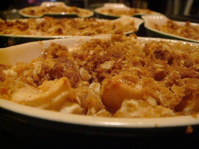 Classic Apple Crisp as desert for thanksgivign day | Thanksgiving 2013 ...