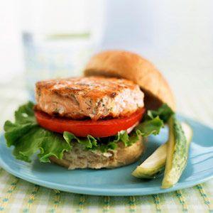 Heavenly Ideas for Yogurt: Salmon Burgers with Yogurt-Dill Sauce