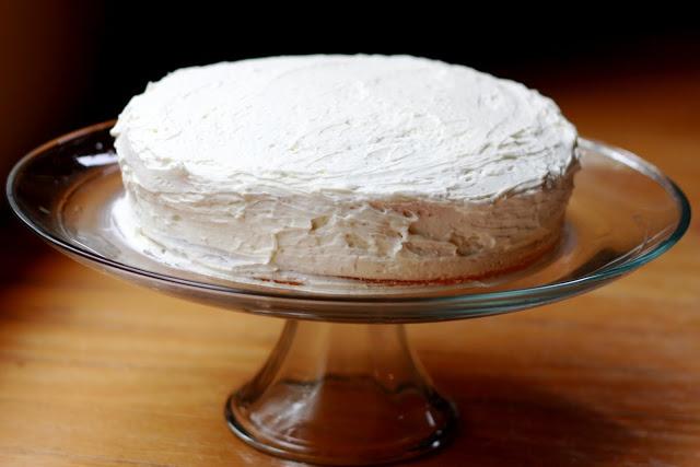 White Chocolate Amaretto Cake | Cakes | Pinterest