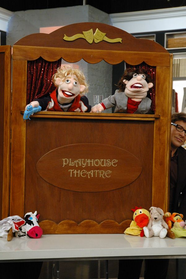 DIY Wood Puppet Theater