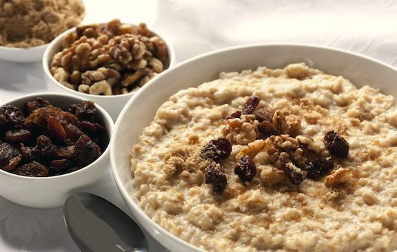 Oatmeal with nuts and dried fruits | BREAKFAST | Pinterest