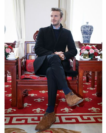 david beckham casual style with alden suede chukka boots