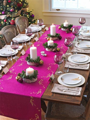 Holiday table decor ideas for Dinner table decor ideas