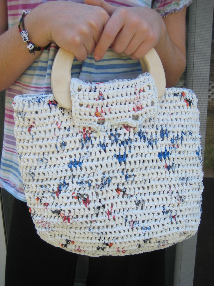 Crocheting Using Plastic Bags : Jenna Stokes. crochet: upcycled plastic grocery bags. White handbag ...