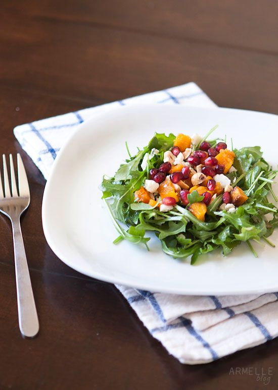 roasted butternut squash and pomegranate salad (via armelle, the blog)