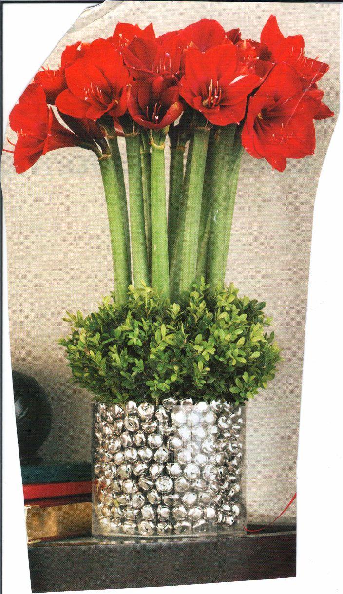 Christmas Floral Arrangement | Christmas - Crafts & DIY ...