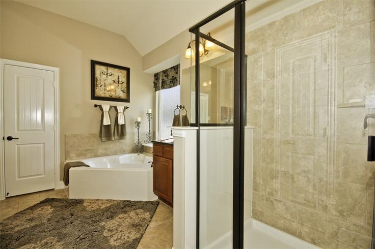Master Bath    262 Overland Trace Drive  Montgomery, TX 77316