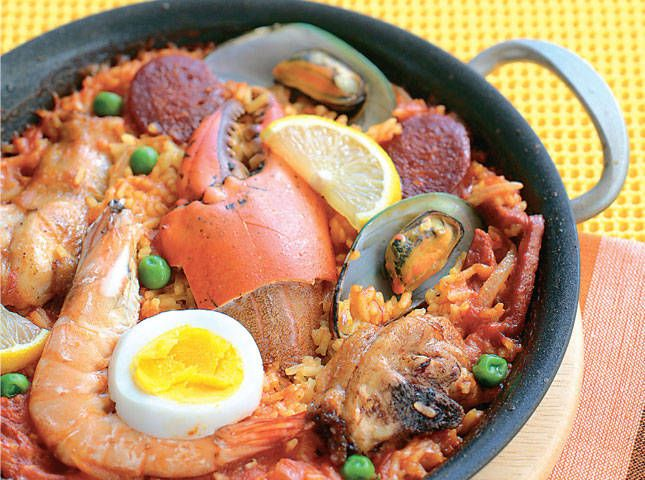 Seafood and Chicken Paella | Matur | Pinterest