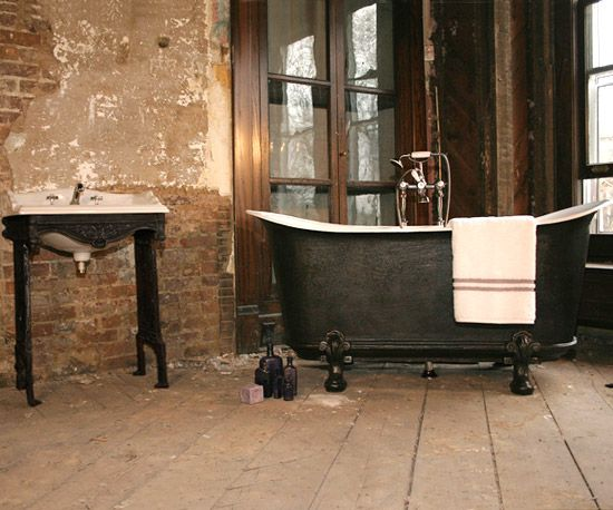 Cast-Iron Tubs  Cast-iron tubs are not only heavy and durable, but they also retain the most heat out of any tub material. Selecting a sturdy cast-iron tub might require reinforcing the flooring.