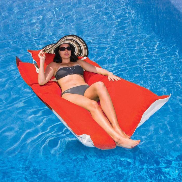Kai pool float