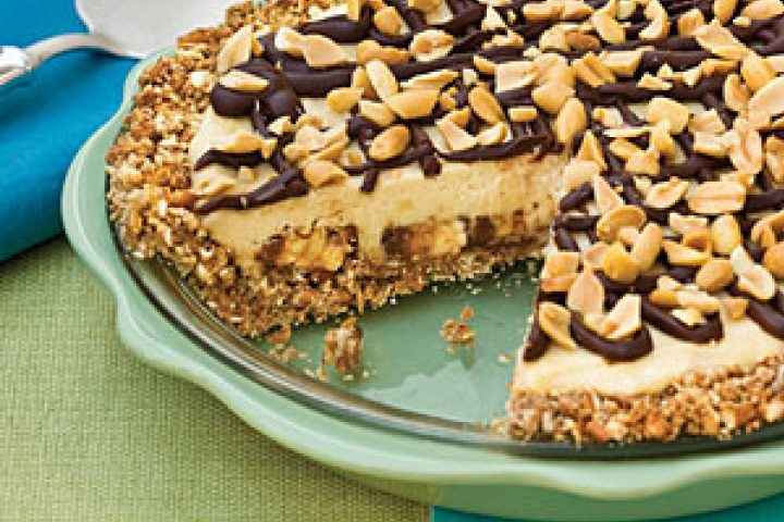 Snickers pie recipe from www.yummly.com   recipes   Pinterest