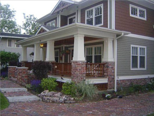 Use reclaimed brick to add detail to front porch e x t e Brick craftsman house