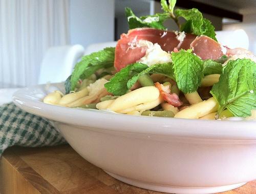 Bacon, Pea, Mint & Ricotta Casarecce (by kaylamarie'skitchen)