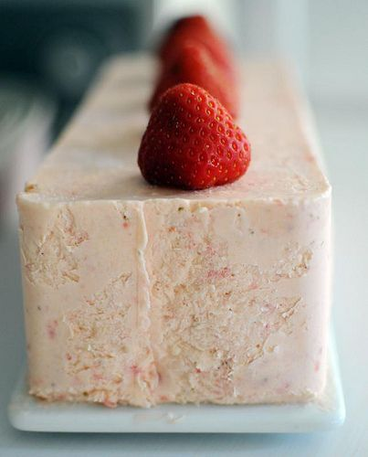 Strawberry punsch semifreddo #strawberry #semifreddo #ice_cream