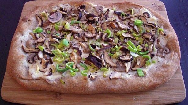 mixed mushroom amp leek pizza makes 6 8 servings total cost per ...