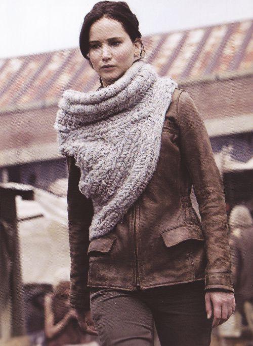 Katniss Everdeen Cowl Knitting Pattern : Pin by Connie Leonard on DIY Wearables Pinterest