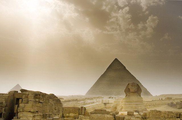 Giza by Michaeljohn, via Flickr