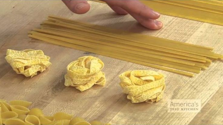 Match Your Pasta with the Right Sauce for Delicious, Evenly-Coated Bi ...