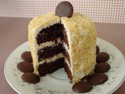 cinnamon brown sugar buttercream on devil's food