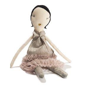 Jess Brown Doll   183  Grace   acorntoyshop comLainie Sorkin
