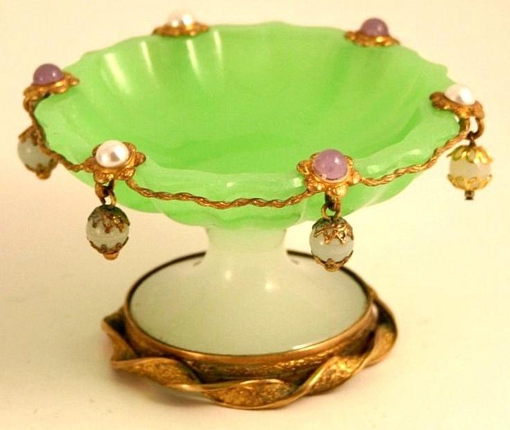 Луи-Филиппа 1830 - 1848 Palais Royal Jade французского и Белый Opaline Ювелирные изделия Кольцо Аксессуар Dish Bowl