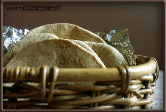 Whole-Wheat Pita Bread | jugalbandi | Recipes To Try | Pinterest