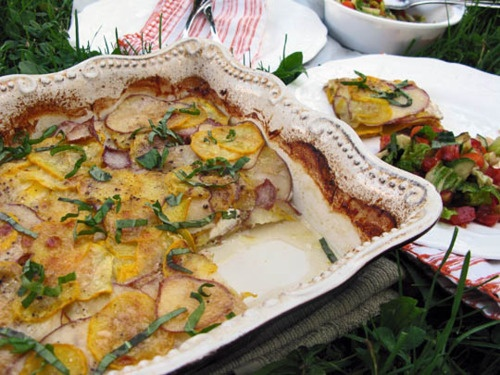 Potato, Squash, and Goat Cheese Gratin (think I'll try this with a ...
