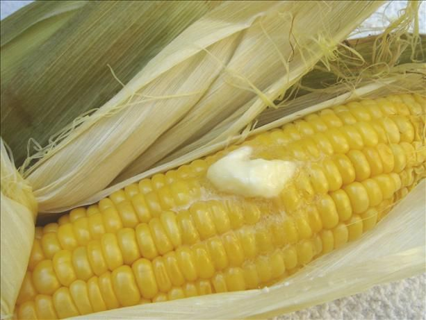 oven roasted corn on the cob. just pop corn in oven, silks come right ...