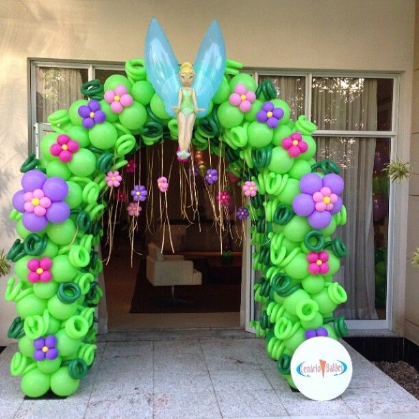 Balloon arch balloon ideas balloon decorations outdoor decorations - Tinkerbell Party Food And Decoration Ideas Pinterest
