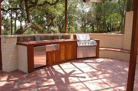 Outdoor kitchen idea on a budget patios porches for Outdoor kitchens on a budget