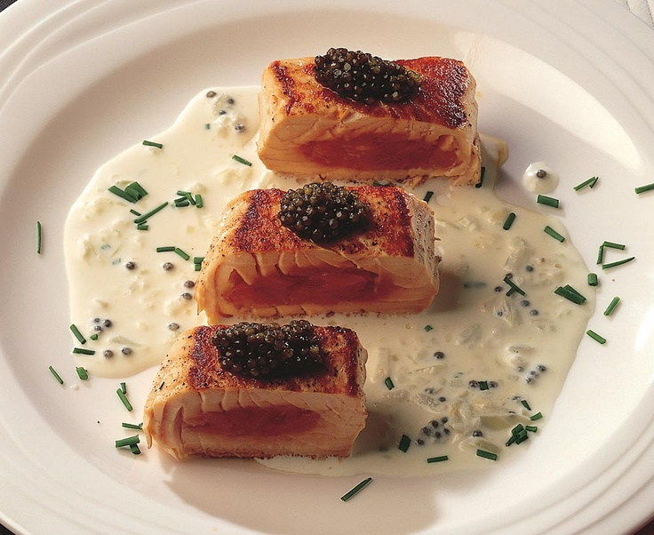 of holiday food? I am! Here's a great recipe: Salmon With Vodka Sauce ...