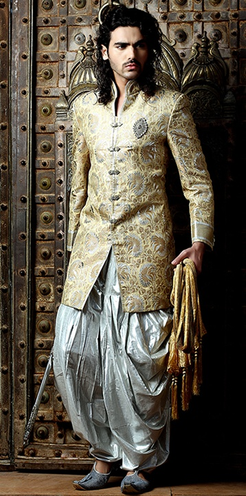Sherwani desi outfits pinterest for Indo western wedding dress for men