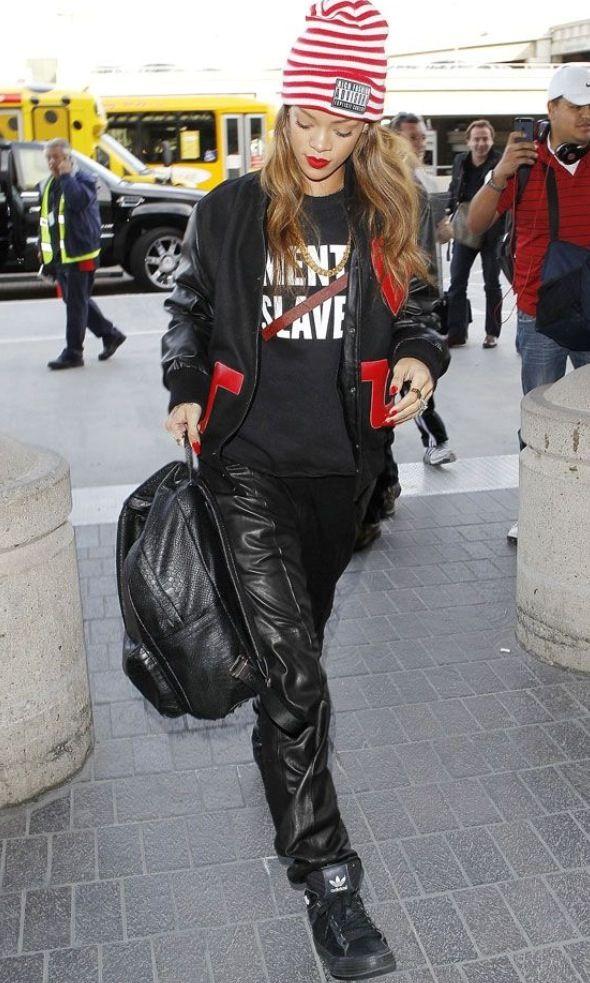Rihanna 39 S Street Style Celeb Street Style Pinterest