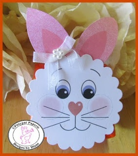 Cute little bunny face and ears attach to a Reese's peanut butter cup, with a cotton ball for his tail. #Treat #Printables #Bunny