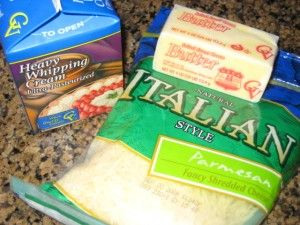 Quick and Easy Homemade Alfredo Sauce..... I've made this n it's sooo...