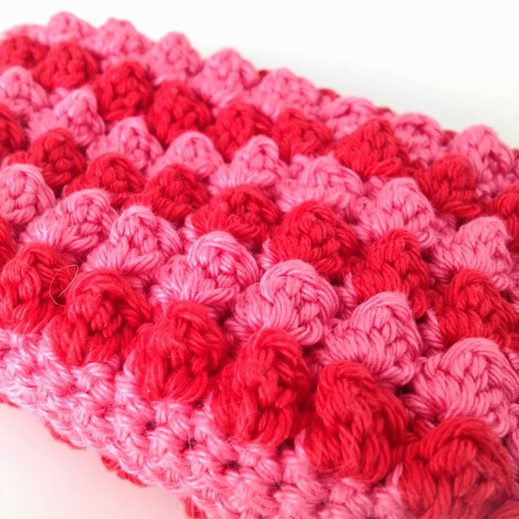 Bobble stitch wallet