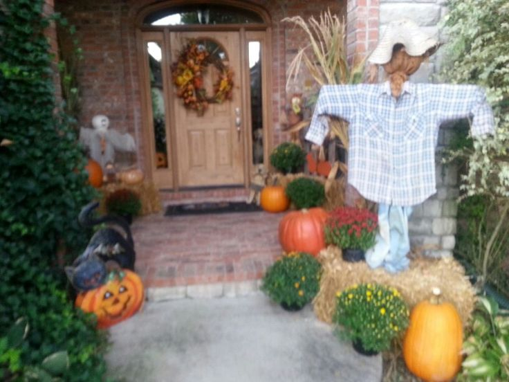 Thanksgiving outdoor decor halloween pinterest