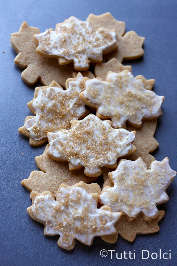 Frosted Maple Leaf Cookies. | cookies | Pinterest