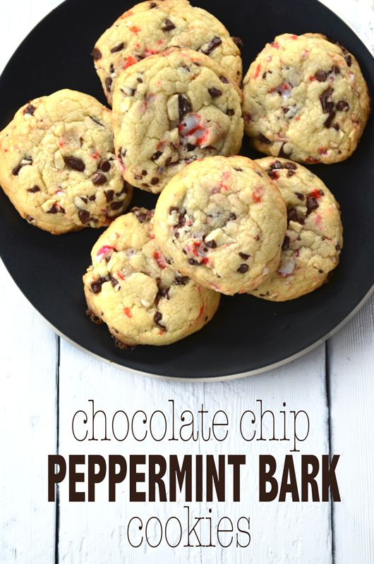Peppermint Chocolate Chip Cookies | Baking with Love | Pinterest