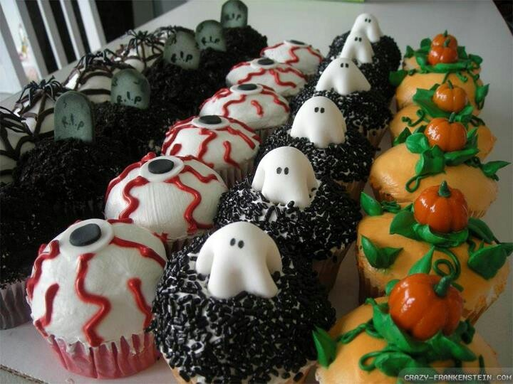Easy cupcakes halloween pinterest for Halloween mini cupcake decorating ideas