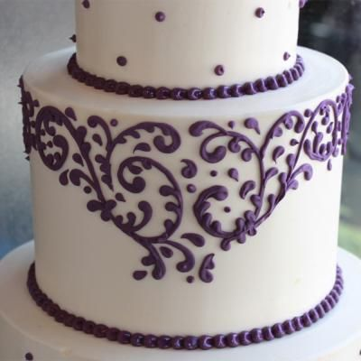 Cake Decorating Piping Design : Filigree and Dot Wedding Cake Getting Married! Pinterest
